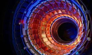 Большой адронный коллайдер остановлен на два года для реконструкции